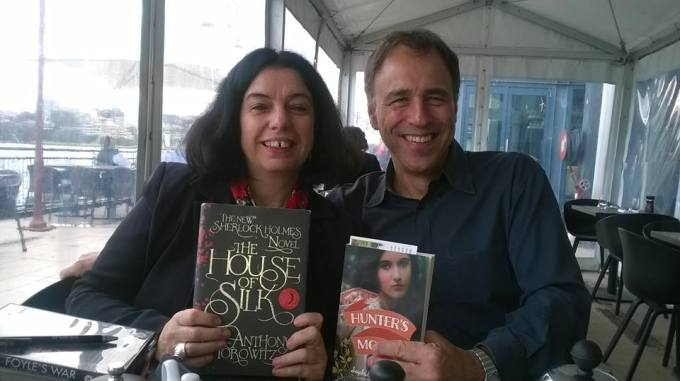 Swapping books, Sydney 2015